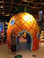 Wer lebt in ´ner Ananas ganz tief imMeer?